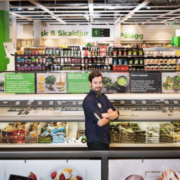 Felix butikschef i butik